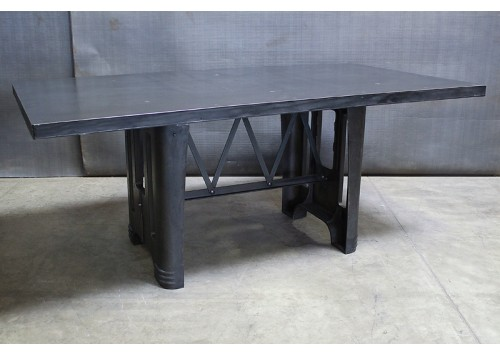 CAST IRON DECO BASE TABLE