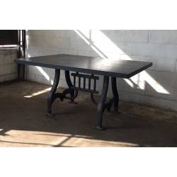 CURVED CAST IRON TABLE BASE W / STEEL TOP