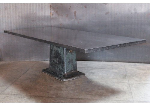 LARGE STEEL TOP TABLE WITH VINTAGE MACHINE BASE