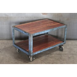 INDUSTRIAL SIDE TABLE IN BLUE
