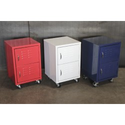LOCKER CABINETS ON CASTERS