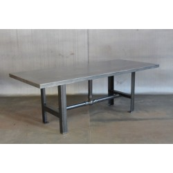 STEEL TABLE W/ PIPE BASE