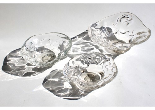 SMALL GLASS BOWLS