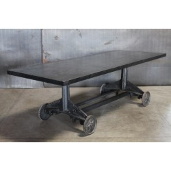 STEEL TABLE ON WHEELS